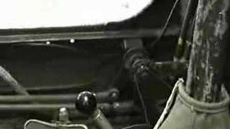 Bell_P-39_Q-15_Airacobra_under_restoration