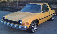 420px-1975 AMC Pacer base model frontleftside.jpg