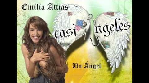 Emilia_Attias_-_Un_ángel