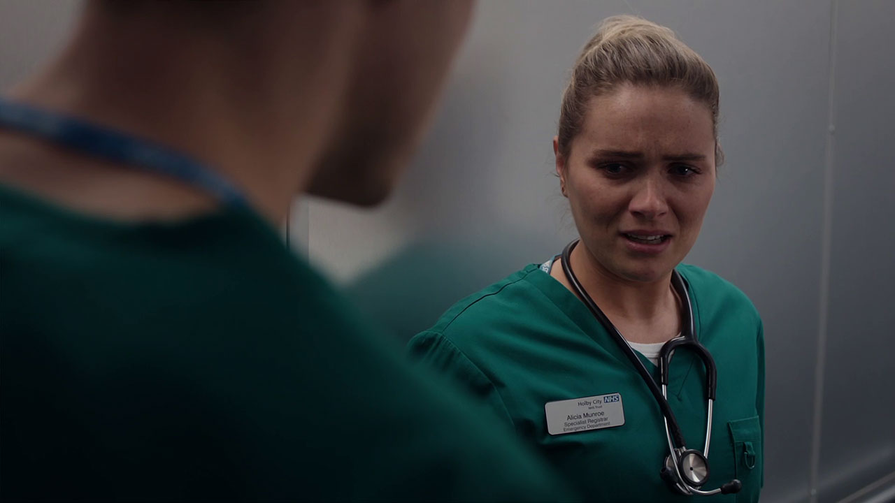 Episode 1086 (Casualty)