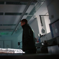 Episode 1094 (Casualty)