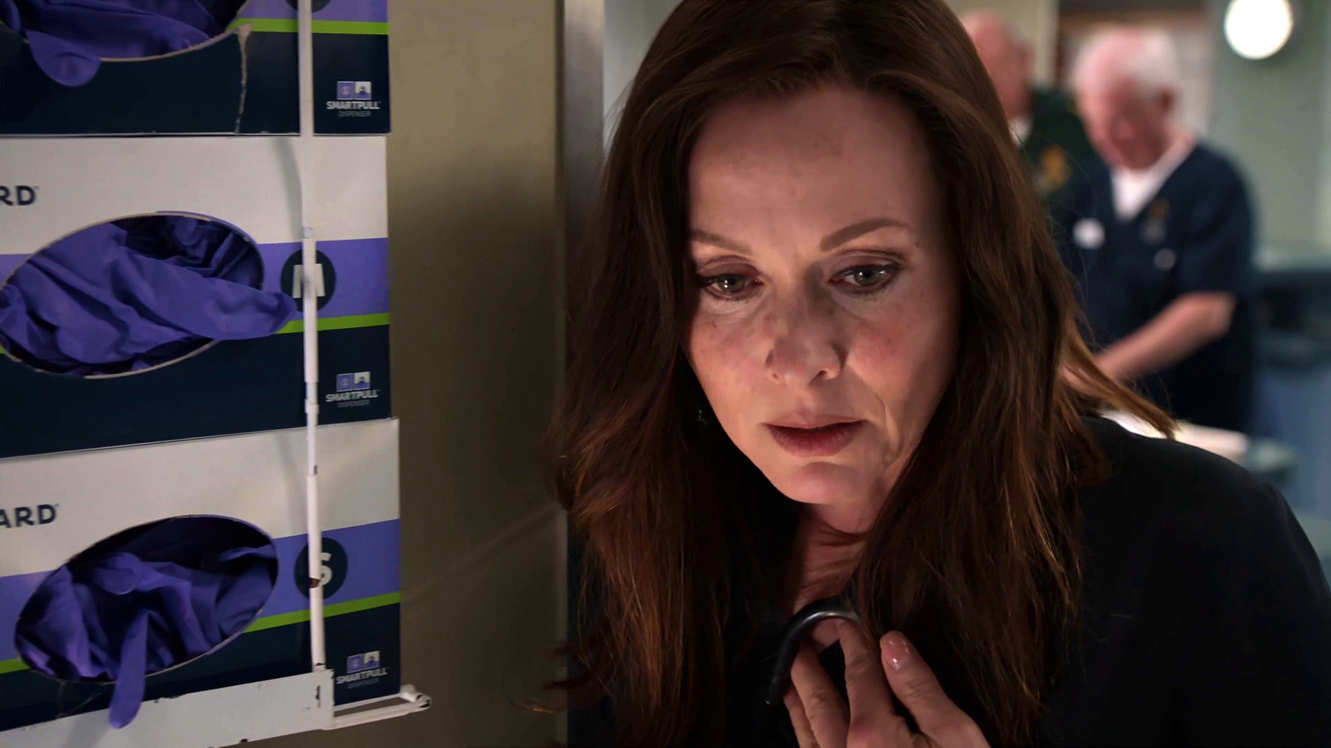 Episode 1054 (Casualty)