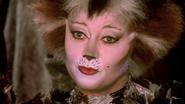 Griz Baby Elaine Paige Film 02