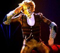 Skimbleshanks Geoffrey Garratt Film 01