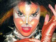 Demeter Helen Burger World Tour 2003