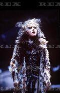 Griz Elaine Paige 1981 2
