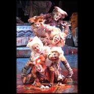 Kitten Pile 1 World Tour 2001 01