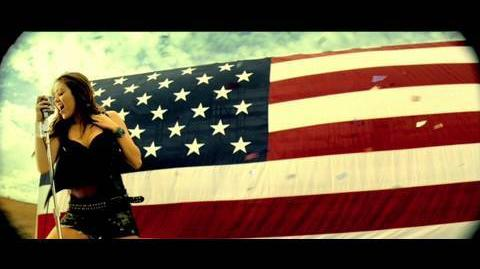 MIley Cyrus - Party In The USA - Official Music Video