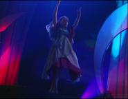 Chloë Agnew dancing