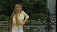Chloë near the fountain
