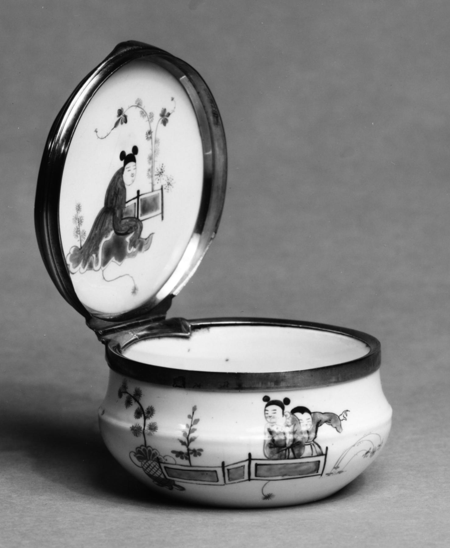 Artificial porcelain