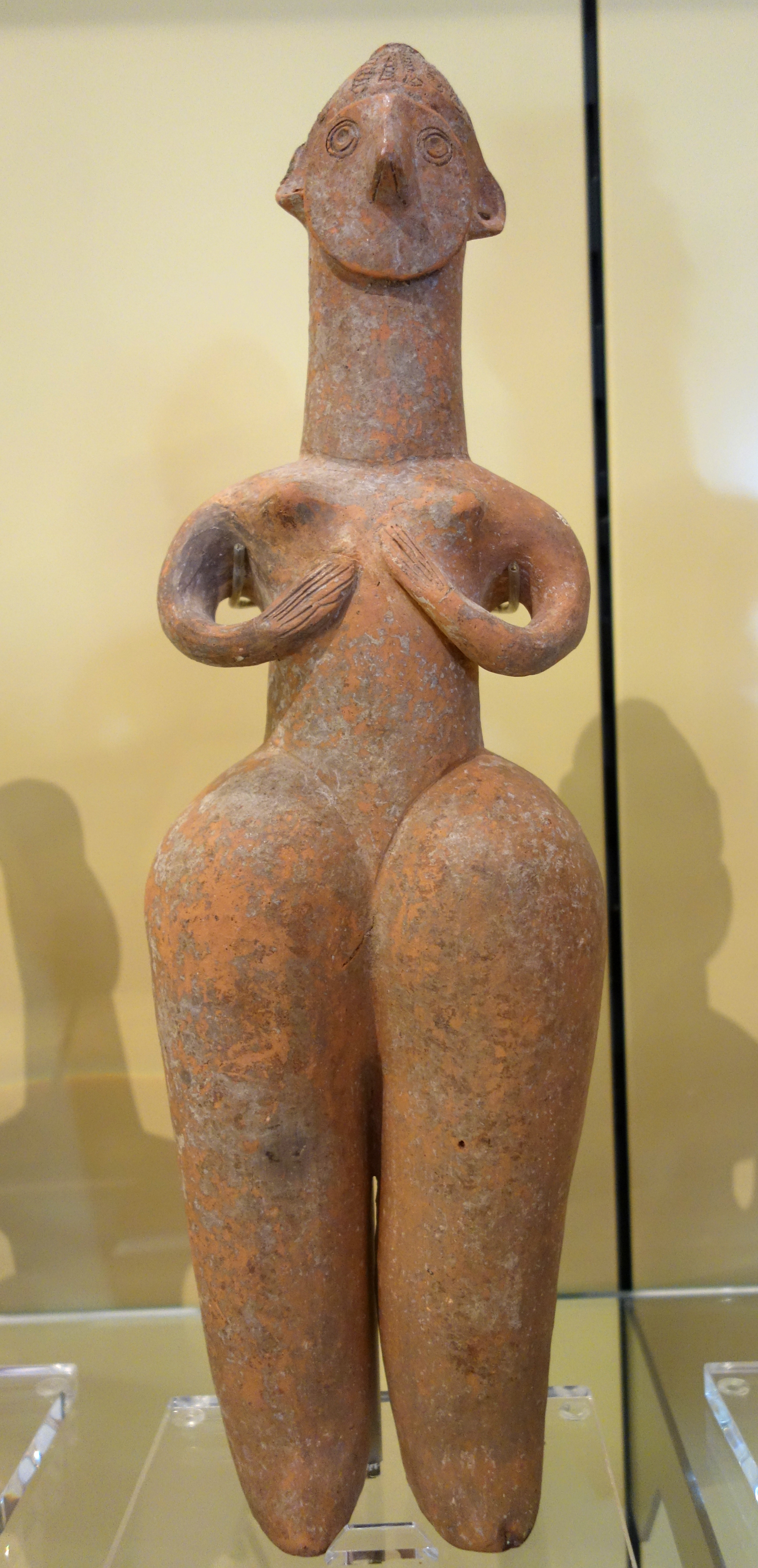 Amlash-style mother goddess, 4 of 5, perhaps Amlash, Northern Iran, Iron Age, c. 1200-900 BC, earthenware - Royal Ontario Museum - DSC04536.JPG