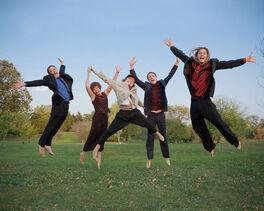 Familyjumping.jpg