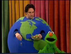 Sesame Street - Being Green - Elmo Abby Mr. Earth -6