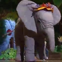 Elephant (Barney & Friends: Barney's Colorful World!)