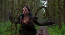 Once Upon A Time - Regina Mills 23 - Lana Parrilla.png