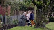 1x12-Carther-and-his-grandchildren