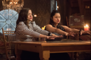 Charmed 1x02 Mel and Maggie Promotional Photo (2)