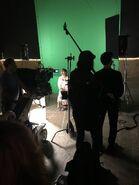 1x04 Leah Lewis (Behind the Scenes)