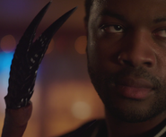 Abiku claws
