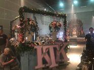 1x04 Kappa Float (Behind the Scenes)