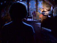 1x01-PhoebeDiscovers.jpg