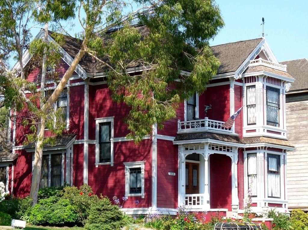 Halliwell Manor The Charmed Legacy Wiki Fandom