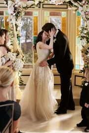Marry-PaigeHenryKiss.jpg