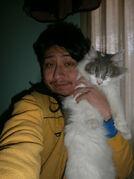 Yashaii Moran and her Cat (1)