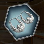Wabr plain claddagh earrings