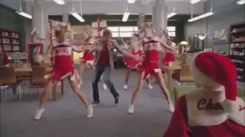 GLEE Full Performance of 'Jingle Bell Rock'