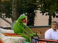 Kermit in the 1989 WDW Christmas parade