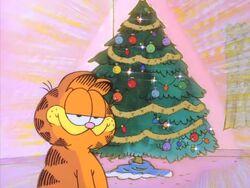 Garfield complimenting the tree.jpg