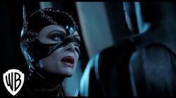 Batman_Returns_Catwoman_Fights_Batman_Scene_Warner_Bros._Entertainment