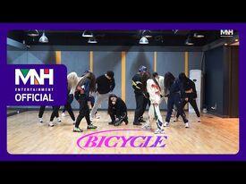 CHUNG HA 청하 'Bicycle' choreography