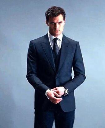 Christian-Grey-fifty-shades-of-grey-37379779-463-562.jpg