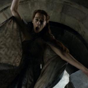 Kate Dickie shoved through the moon door in 'Game of Thrones-Mockingbird'.png