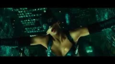 Catwoman (2004) Catwoman vs Laurel Hedare