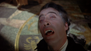 HORROR-OF-DRACULA-the-Count-in-pain
