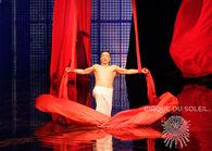 Aerial Ballet in Silk - La Nouba