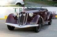 Alfa Romeo 6C-2300 Pescara-Touring Cabriolet, Chassis 700635, at the 2005 New York City Concours d'Elegance WM