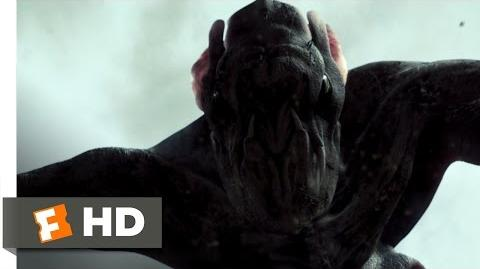 Cloverfield (8 9) Movie CLIP - Hud Meets the Monster (2008) HD