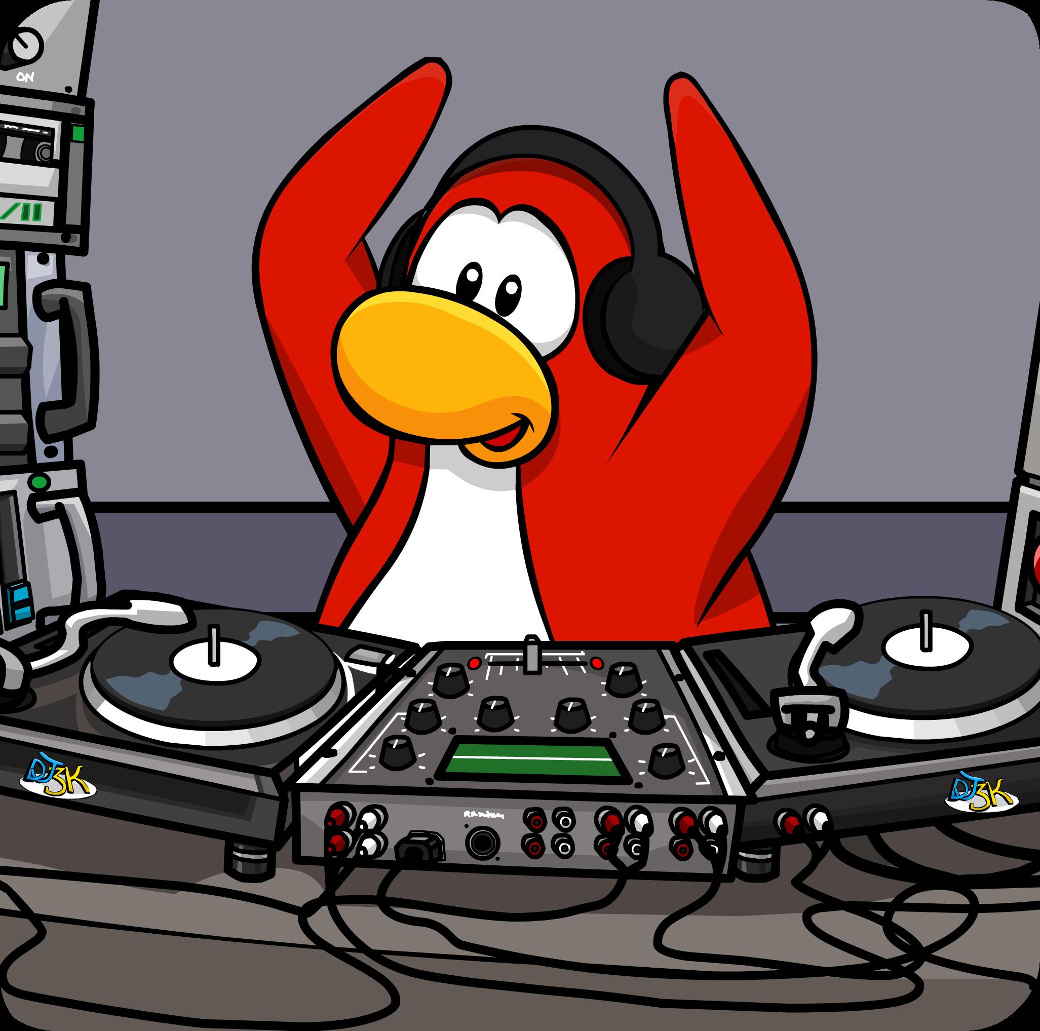 DJ Maxx's Headphones