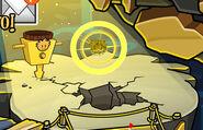El puffle dorado emerge del oro by mauridiaztfm-d6uh046