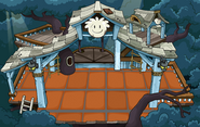 White Puffle Tree House with flooring