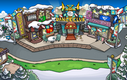 Penguin Cup Town
