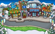 Penguin Cup Plaza