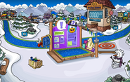 Club Penguin Island Party Snow Forts 2