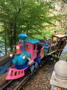 Disneyland+paris+park+rides+attractions+casey-1-