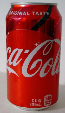 Cokeoriginal12ouncecan2holiday018.jpg